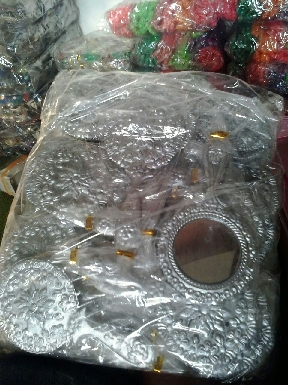 Souvenir Kaca Gagang Septi Cermin Sovenir